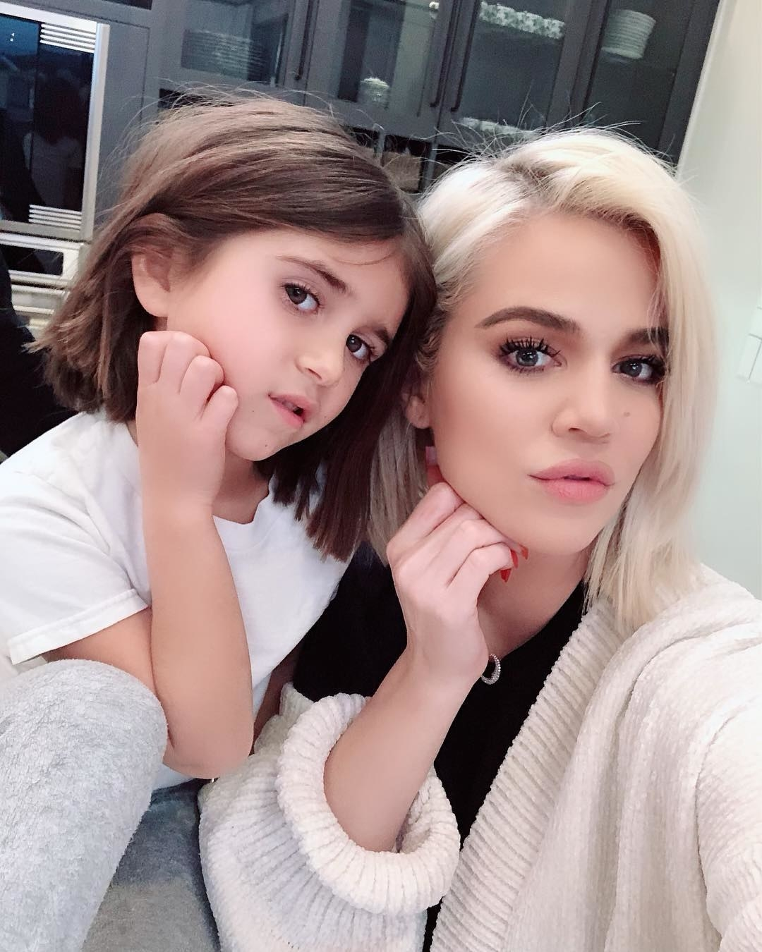 Khloé Kardashian and her niece, Penelope Disick, were twinning with their bobs and poses.