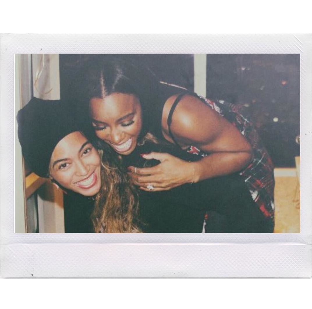 Beyoncé wished a very happy birthday to her sister for life, Kelly Rowland.