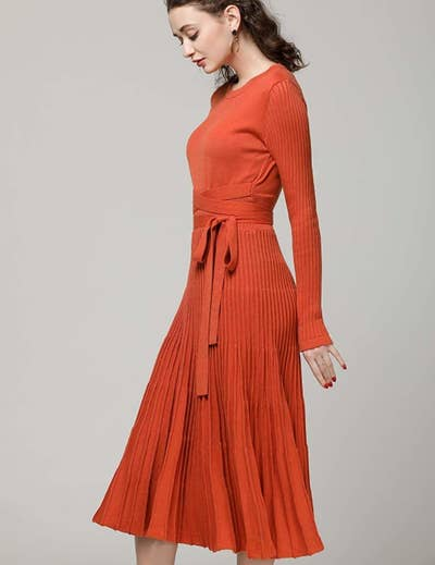 6f254b0dbe2f 34 Stunning Dresses That'll Make You Want To Twirl