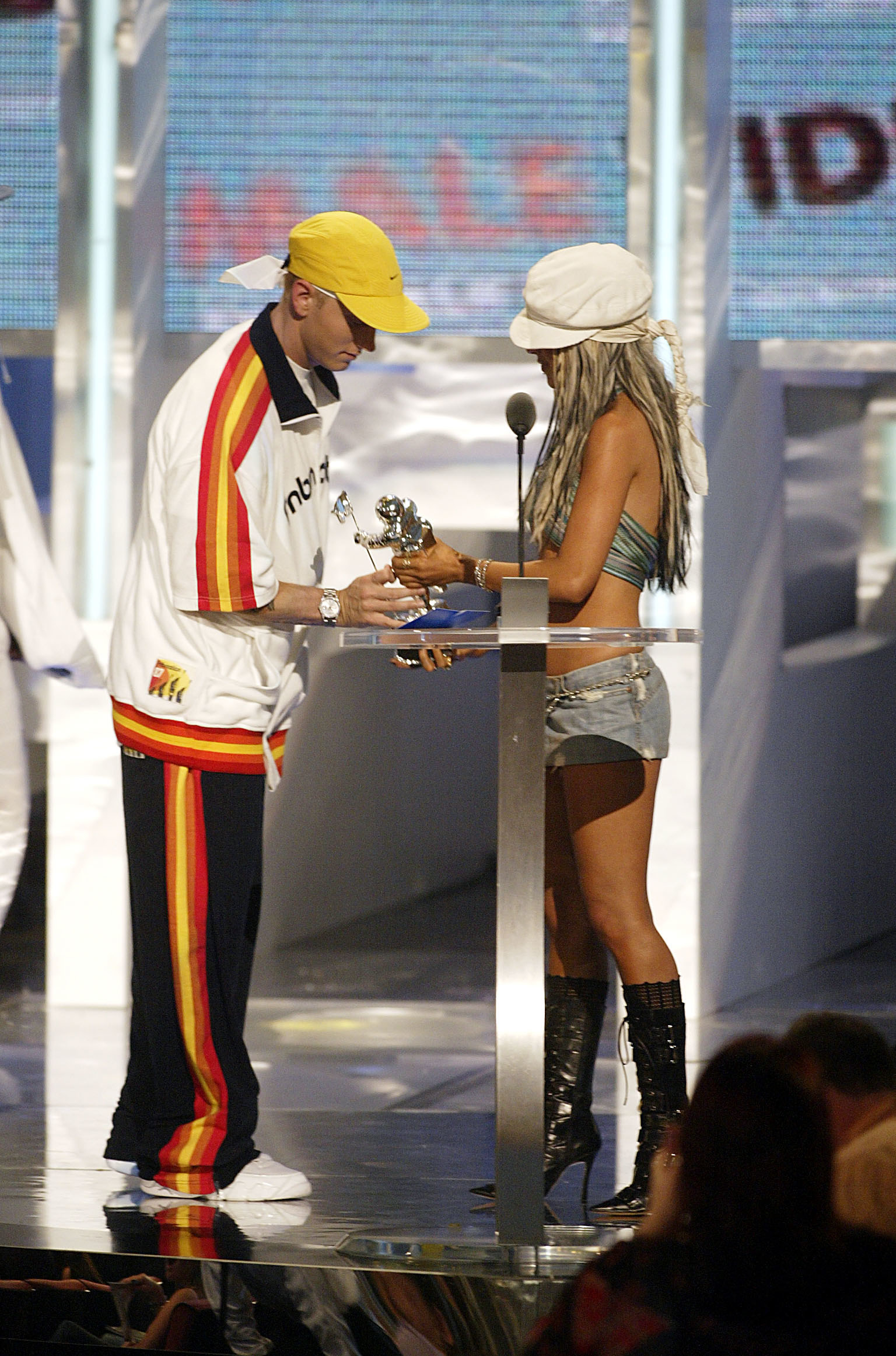 I think everyone knows by now that rapper Eminem and singer Christina Aguilera don't have the best relationship.