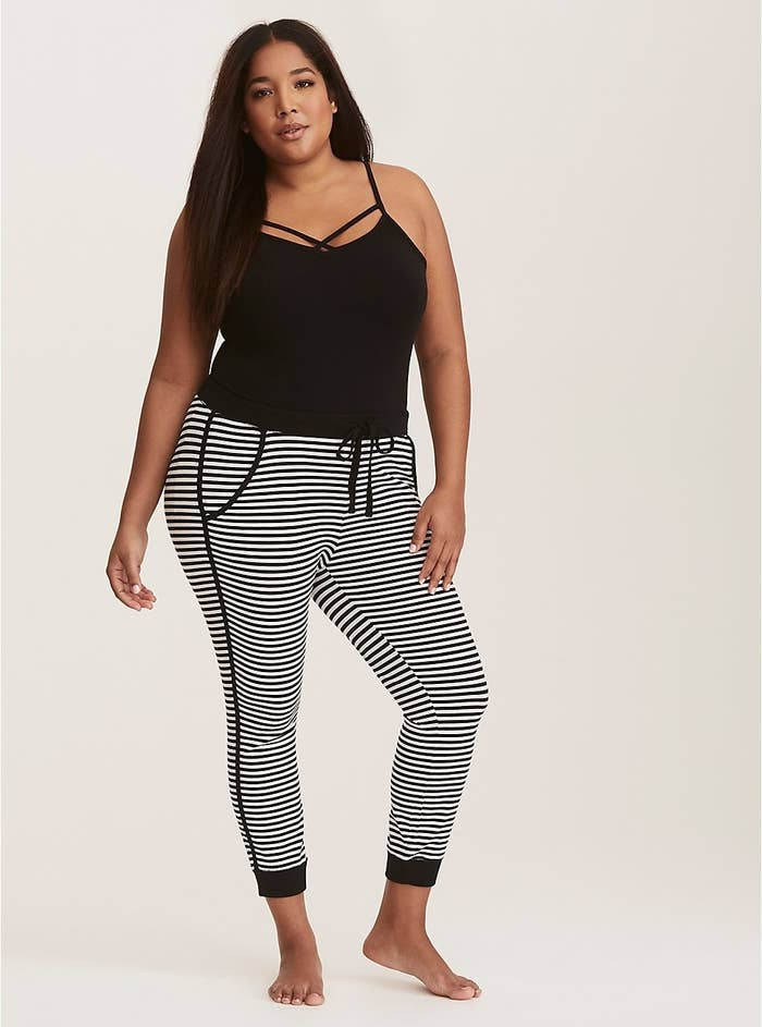 07b7e997145 A pair of ribbed PJ leggings you just might spend the whole weekend in.