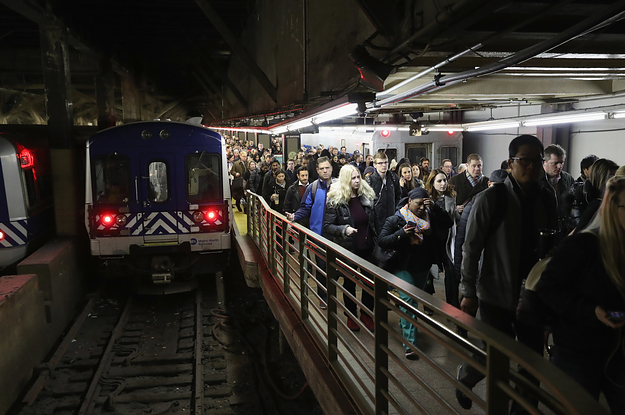 A Man Was Dragged To His Death By A Subway Train At Nyc S Grand