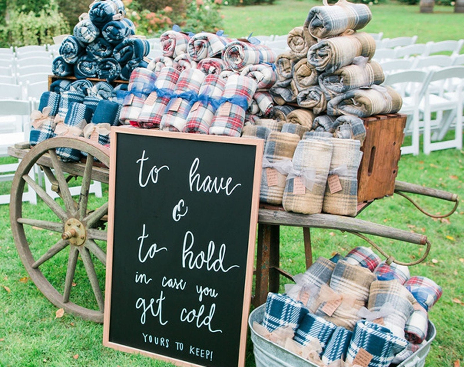 24 Cheap And Clever Wedding Favors You Can Buy In Bulk