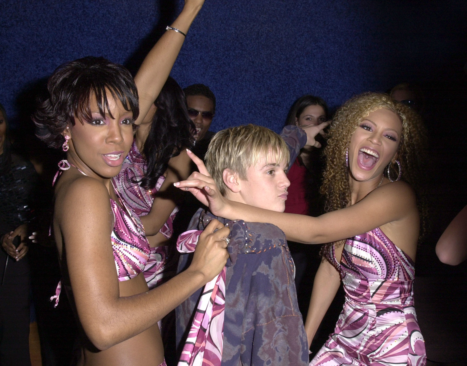 And lastly, again, having the time of her life creating an Aaron Carter sandwich with Kelly Rowland.
