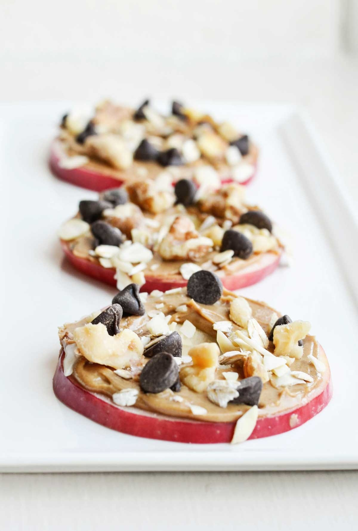 Start with sliced apples and spice them up with your favorite toppings like peanut butter, nutella, cream cheese, nuts, dried fruit, and more. Get the recipe here.
