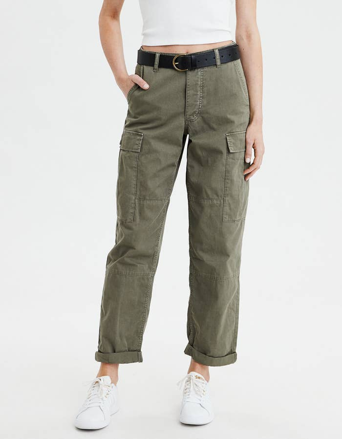 26b09ddfba A pair of lightweight, high-waisted cargo pants so you can be your very own  Regina George.