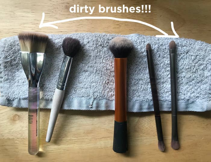 I Tried The Ecotools Makeup Brush Cleansing Shampoo That Has