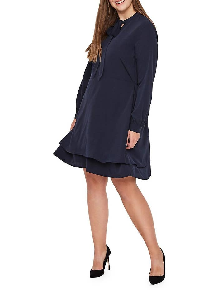 a942c78cbdd 28 VERY Cute Office-Appropriate Dresses To Wear On Your Next Date Night