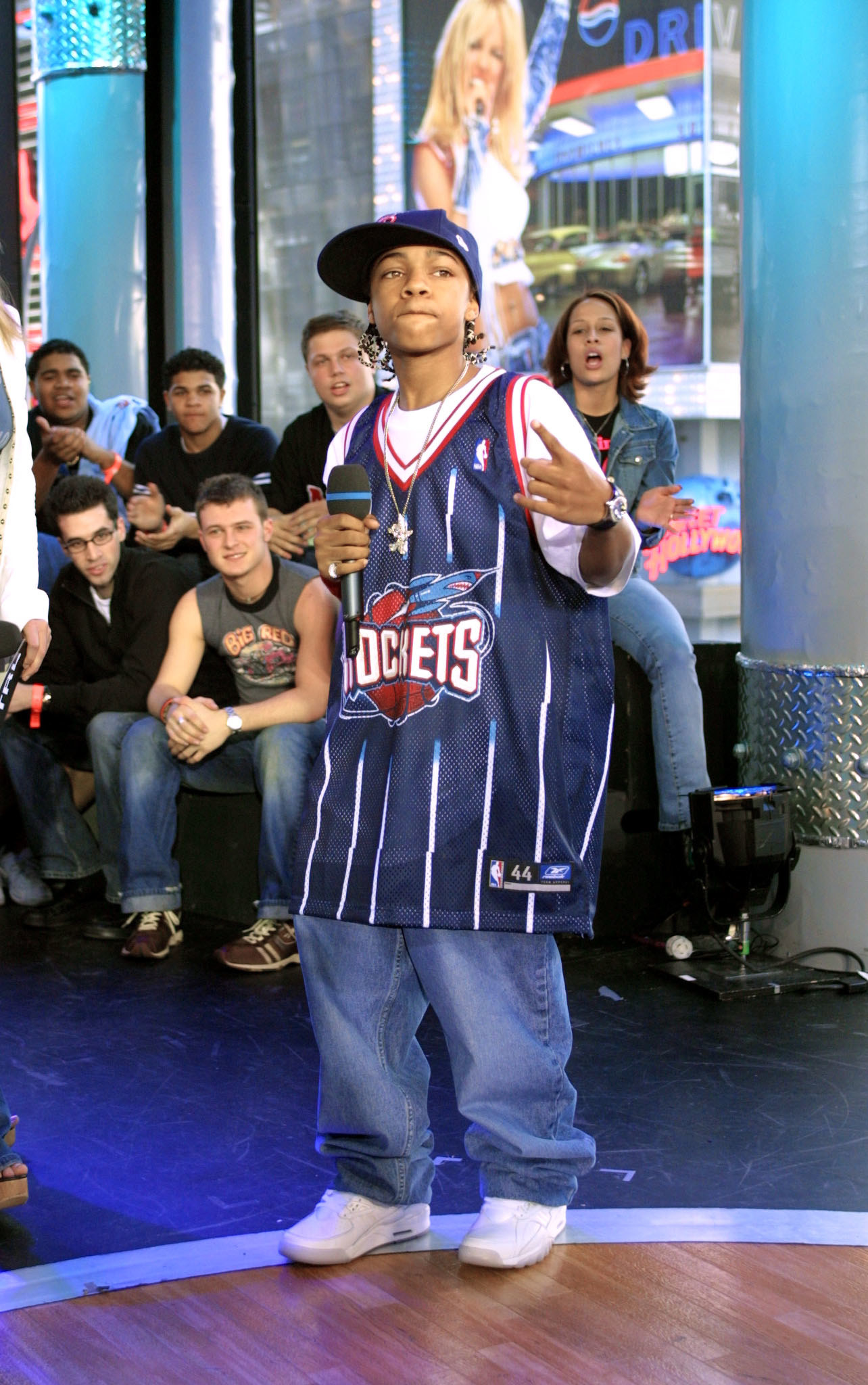 Lil Bow Wow being actually lil'.