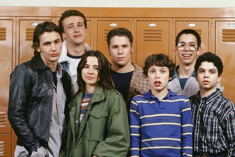 And finally,  Freaks and Geeks didn't have specific characters in mind  when casting began. The characters we love today were only finalized after the cast was in place, meaning the show could've been completely different.