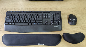 a reviewer's set up featuring the wrist rests