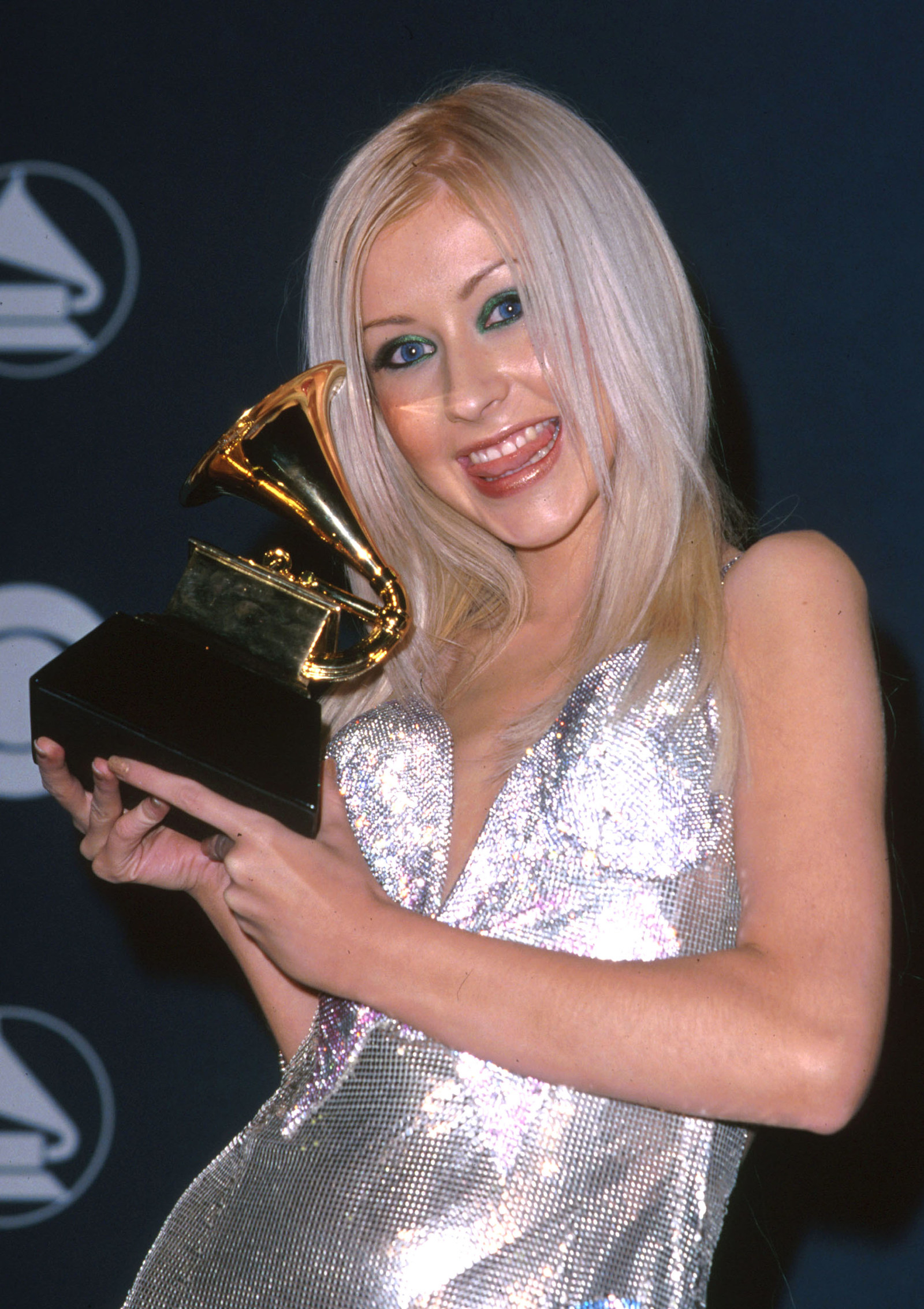 She won against Macy Gray, Kid Rock, Britney Spears and Susan Tedeschi.