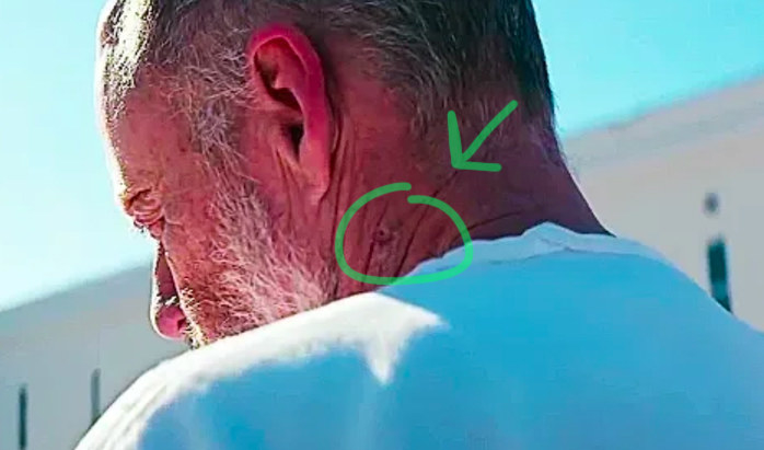 In Halloween (2018) a circular scar is visible on Michael Myers neck, right where Laurie Strode stabbed him with a knitting needle 40 years earlier.