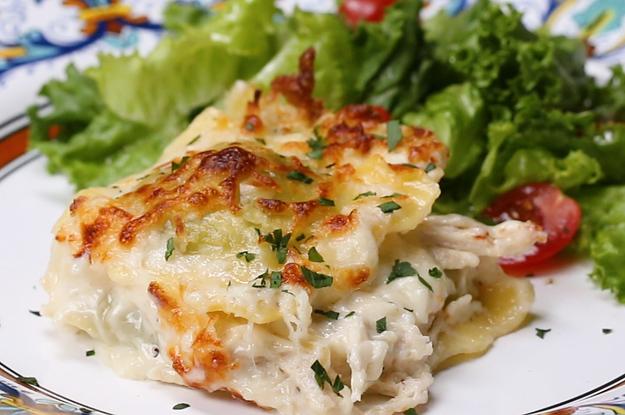 Okay, hör mir jetzt genau zu: Hühnchen-Alfredo-Ravioli-Lasagne