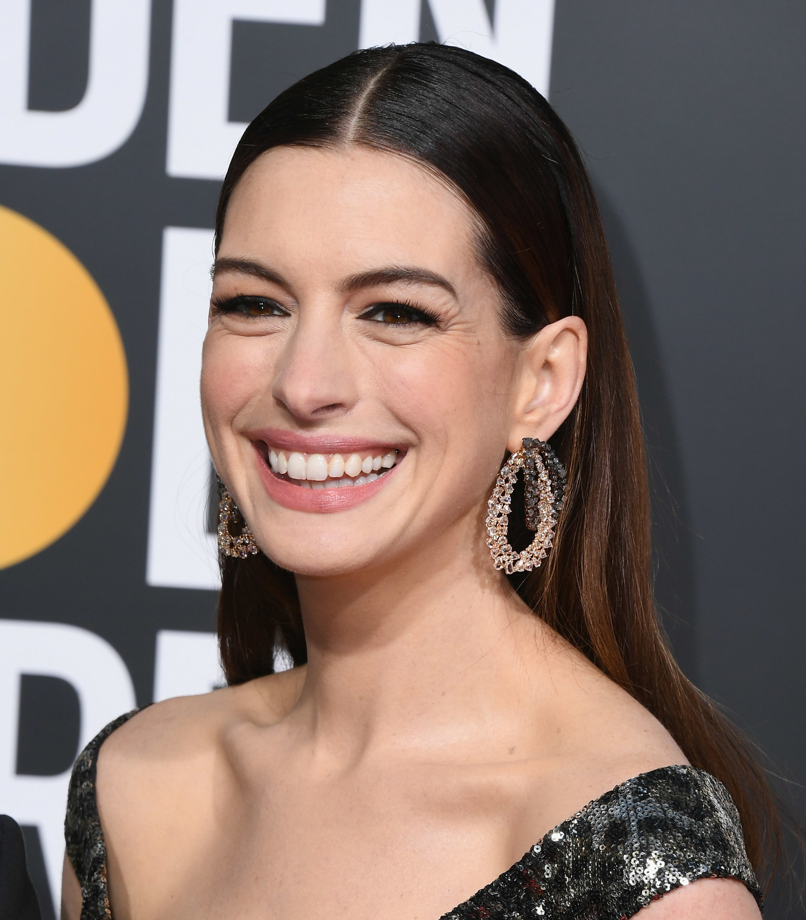 Anne Hathaway Instagram: Anne Hathaway Left The Best Comment On Brie Larson's
