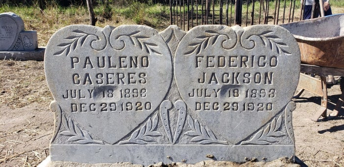 Headstones at the Eli Jackson Cemetery near the US-Mexico border in Texas.