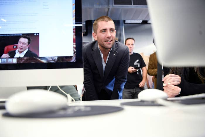 Facebook Chief Product Officer Chris Cox is leaving the company.