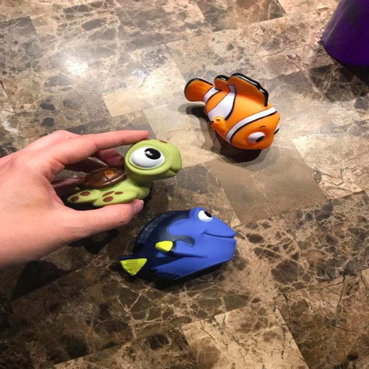 finding nemo toys