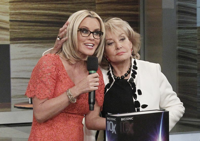 Jenny Mccarthy Says Barbara Walters Made Her Flush A Tampon When She Was On The View