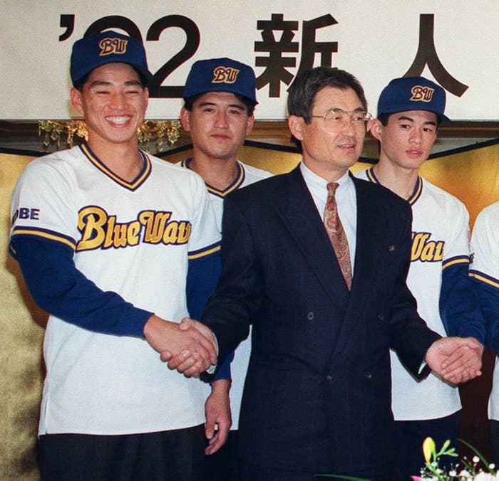 オリックスの新入団選手発表、ドラフト4位のイチロー(1991年)