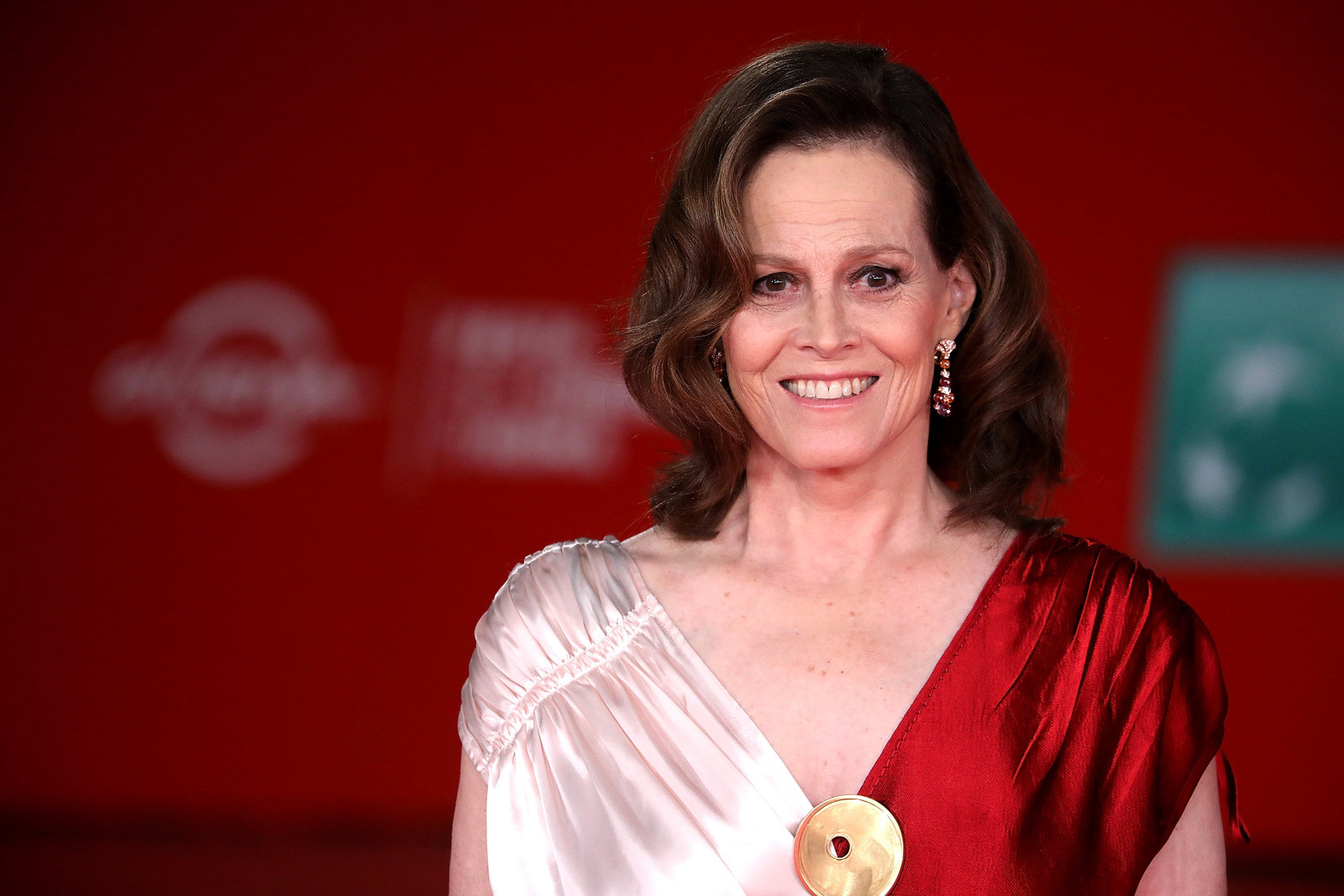 list of awards and nominations received by sigourney weaver - HD1600×1067