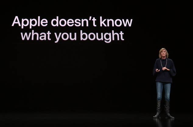 Jennifer Bailey, VP of Apple Pay, presents the Apple Card, emphasizing users' privacy.