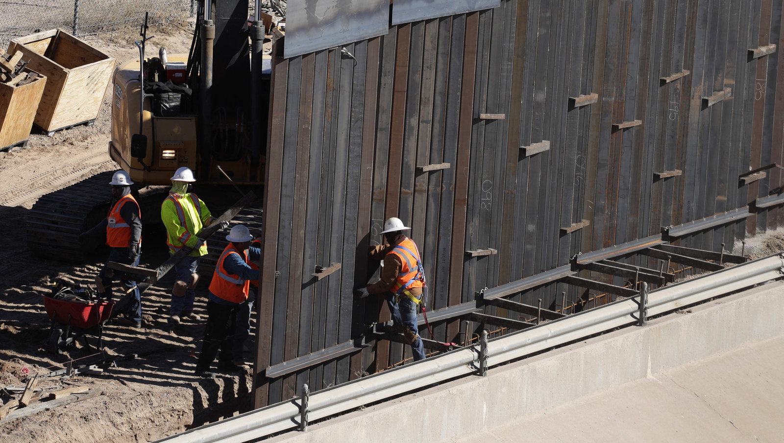 The Pentagon Will Spend Up To $1 Billion To Build Trump's Border Wall