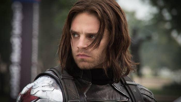 No me importa que le hayan lavado el cerebro; Bucky mató a los padres de Iron Man y fue la causa de la separación entre los Avengers durante Civil War. No entiendo por qué siguen intentando salvar a este hombre una y otra vez. ¡NO VALE LA PENA!