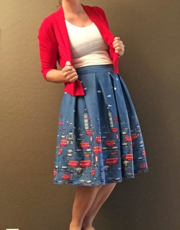 skirt with london pattern complete with big ben and double decker buses