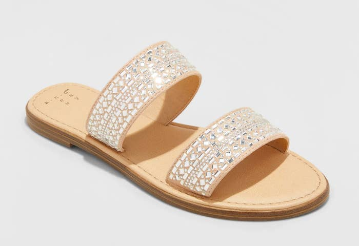 d7e545987a5b An embellished slide for when you re on-the-go but still want to look  effortlessly cute (me all day