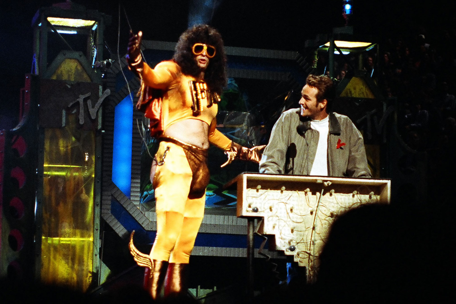 Howard Stern and Luke Perry during the 1992 MTV Video Music Awards in Los Angeles.