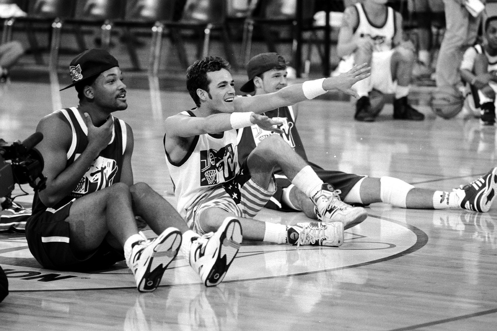 Will Smith and Luke Perry the 1991 MTV Rock 'n Jock Basketball game in Los Angeles.