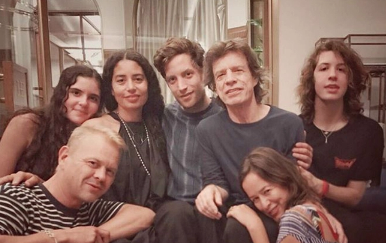 Mick Jagger: 8 kids -  This is six of 'em.