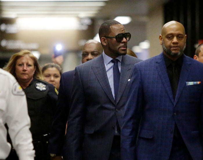 R. Kelly arrives at the Circuit Court of Cook County, Domestic Relations Division, March 6 in Chicago.