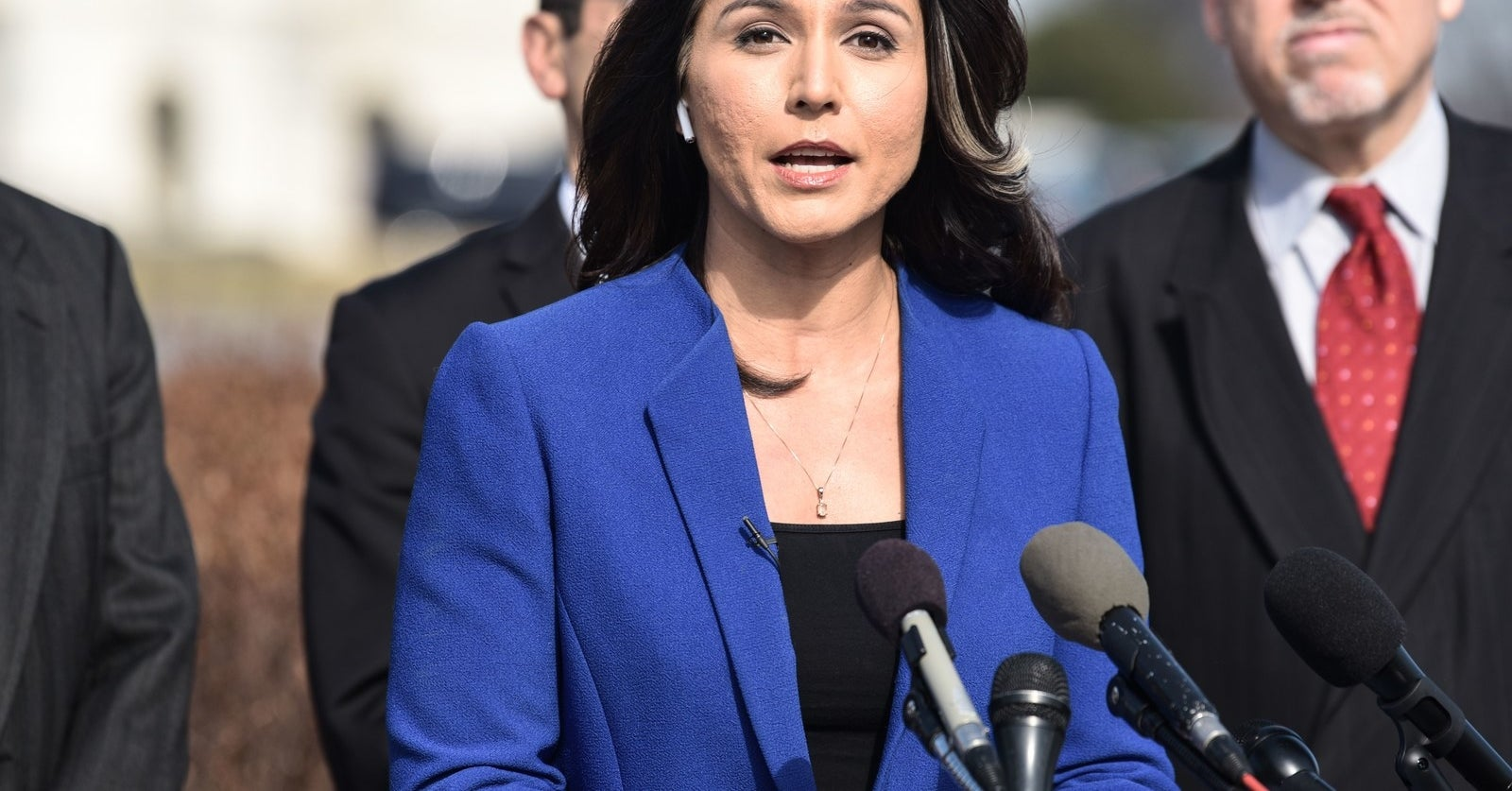 Tulsi Gabbard Says She Has The Best Weed (Bill) In Congress