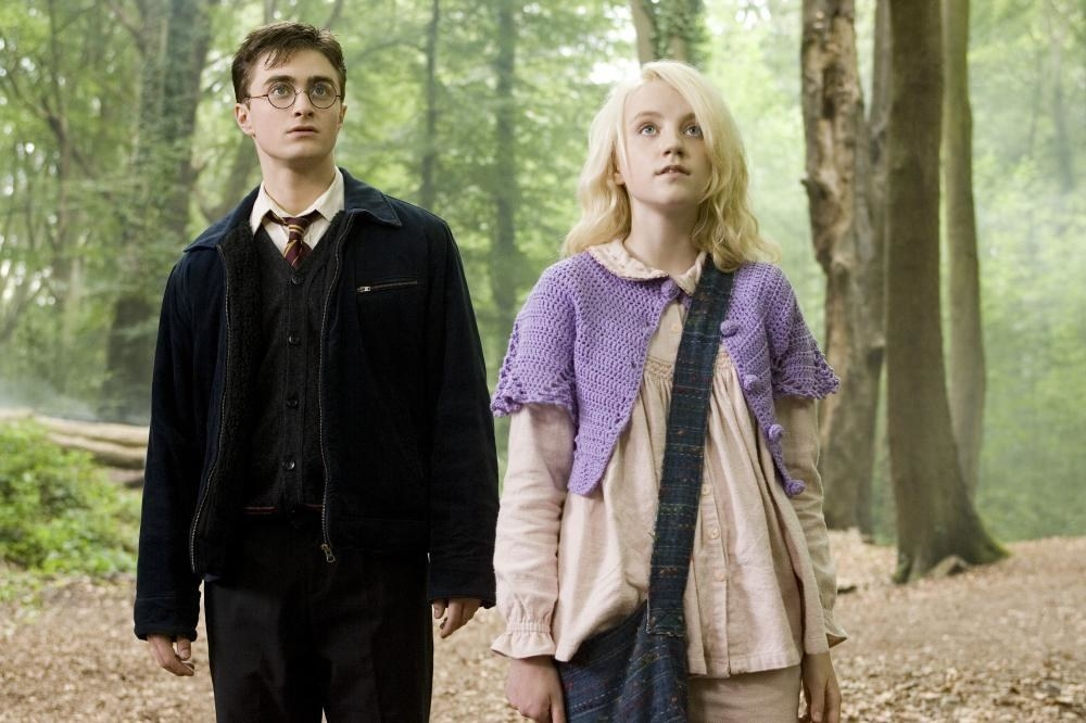 """A good example was when Luna addressed Dobby as """"sir"""" while she was trying to escape from Malfoy Manor. While this baffled Dobby, who was a lowly house elf, Luna saw nothing wrong with it. To her, everyone was equal regardless of their class or occupation."""