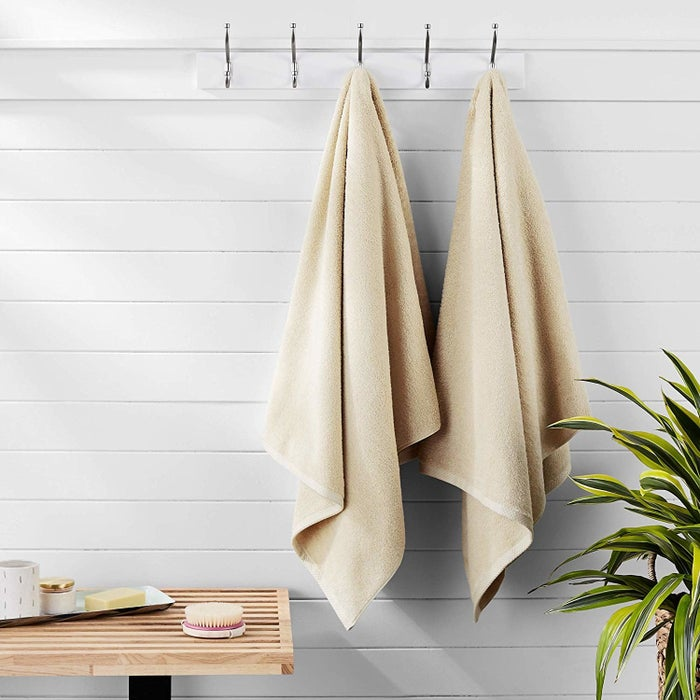 Be sure to check out why this AmazonBasics quick-dry towel won the best bath towel at the lowest price point on BuzzFeed Reviews!Price: $20.99+Shipping: Free two-day shipping for Prime members on select items. Shipping costs depend on order total.Get two AmazonBasics quick-dry towels for $18.99.