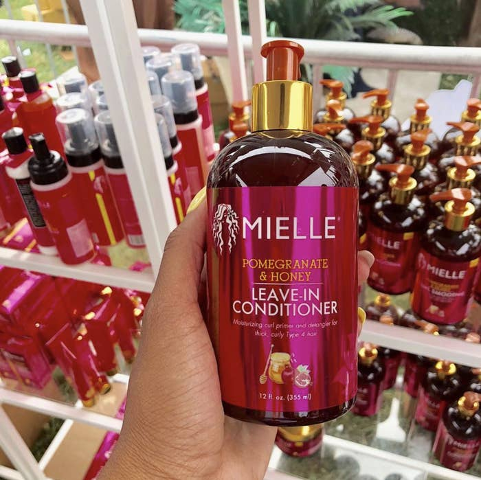 9a5bdc522ef7b9 Mielle Organics Pomegranate & Honey Leave In Conditioner helps detangle wet  hair before styling, seals in long-lasting moisture, and prevents frizz.