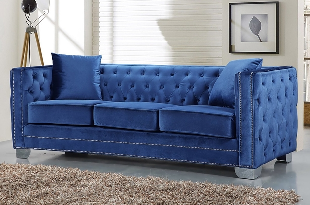 I Bet You'd Never Thought You'd Want To Throw Out Your Couch And Replace It With One From Walmart, But Here We Are
