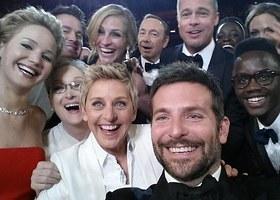 Ellen took this epic selfie at the Oscars.