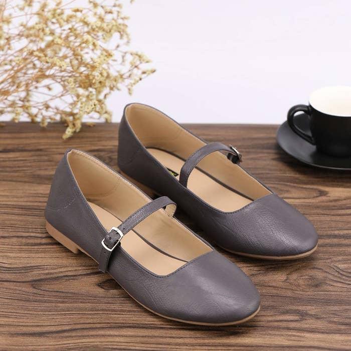 6d92b6758cd69 38 Pairs Of Shoes Your Feet Won't Mind Breaking In One Bit