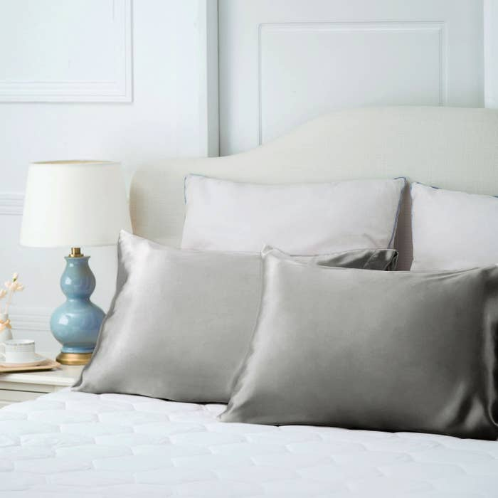 cd4acdd9626  quot A silk pillowcase does wonders! It helps with bedhead and it just  feels