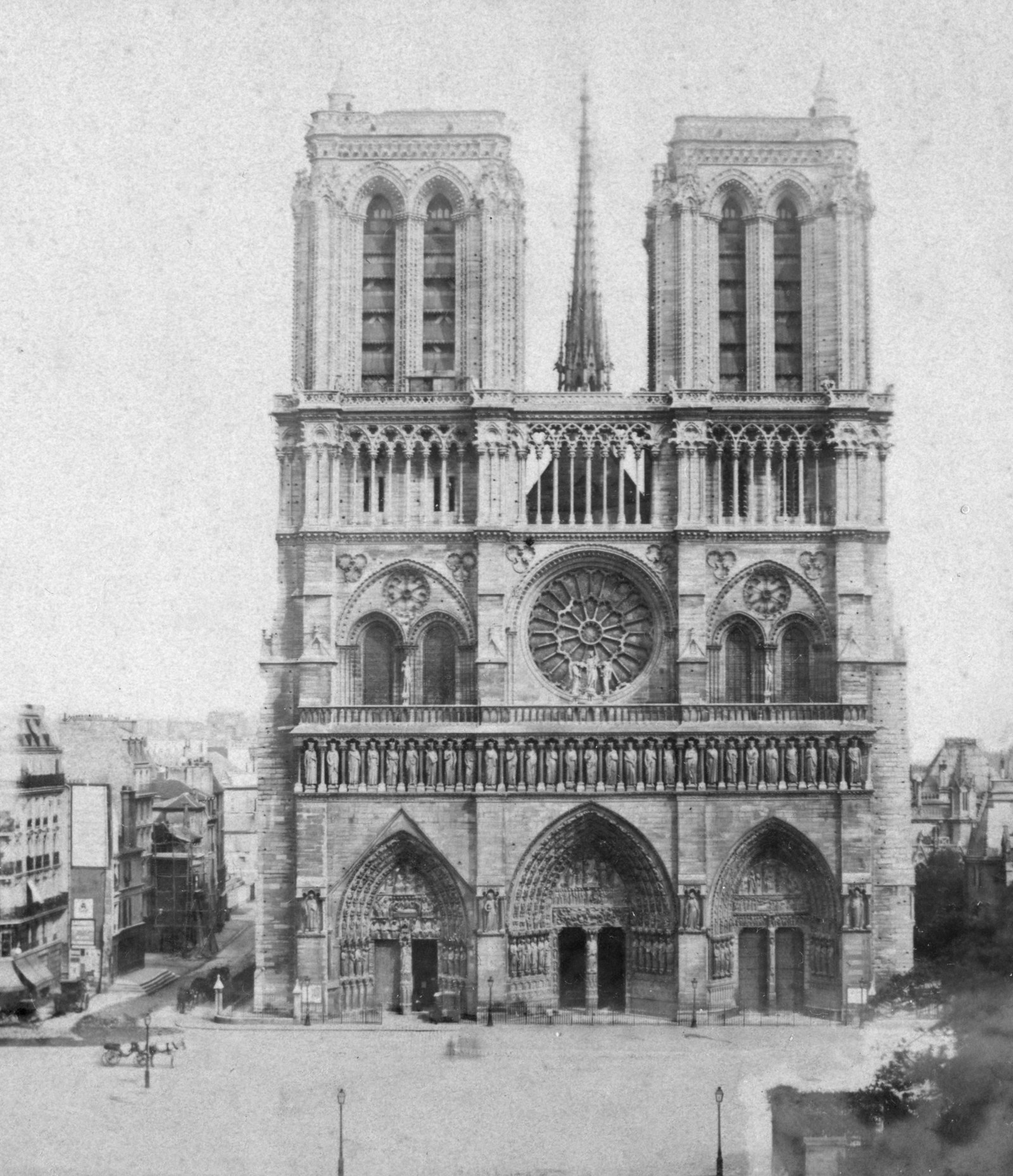 Notre Dame Cathedral photographed in the late 19th or early 20th century.