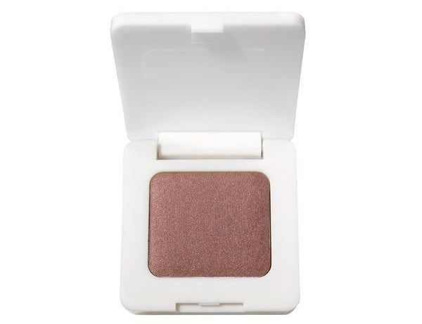 a single shimmery eyeshadow