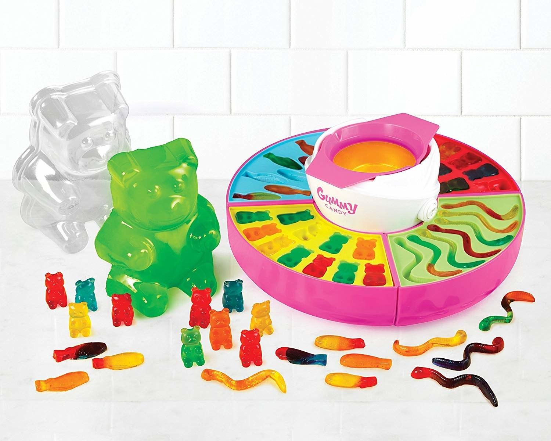 the gummy maker