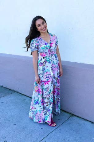 6d2bd926ed 1. A beautiful and breezy maxi dress that has already made over 2