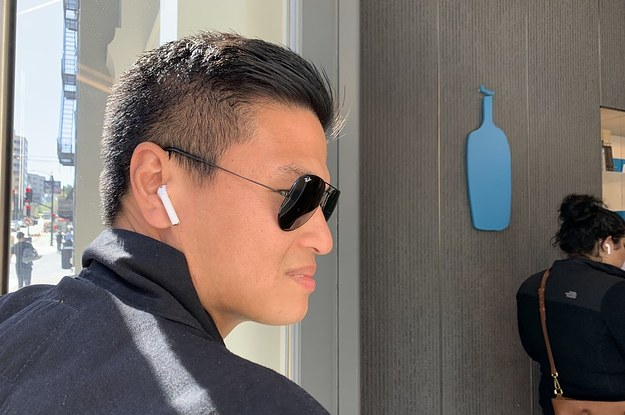 Techmeme: AirPods' rapid ubiquity and wireless design