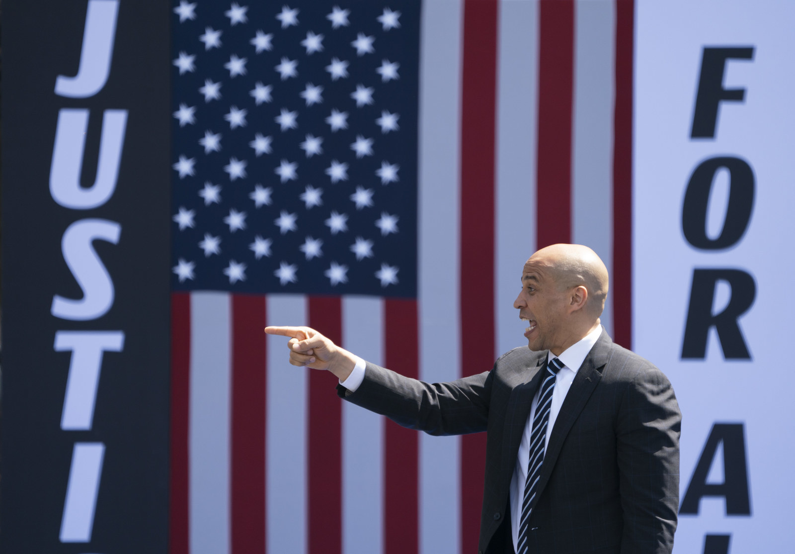 Cory Booker's New Plan For Voting Rights Is A Glimpse At The Activist Spirit Of His Candidacy