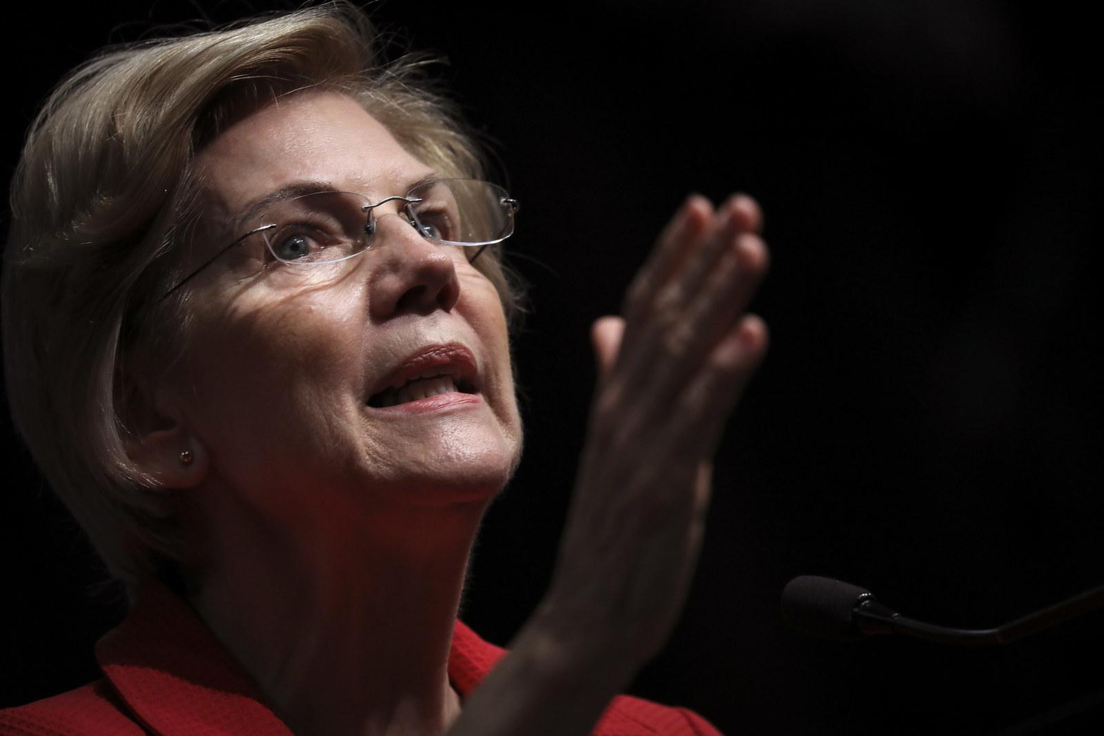 Elizabeth Warren Wants The House To Begin Impeachment Proceedings Against Donald Trump