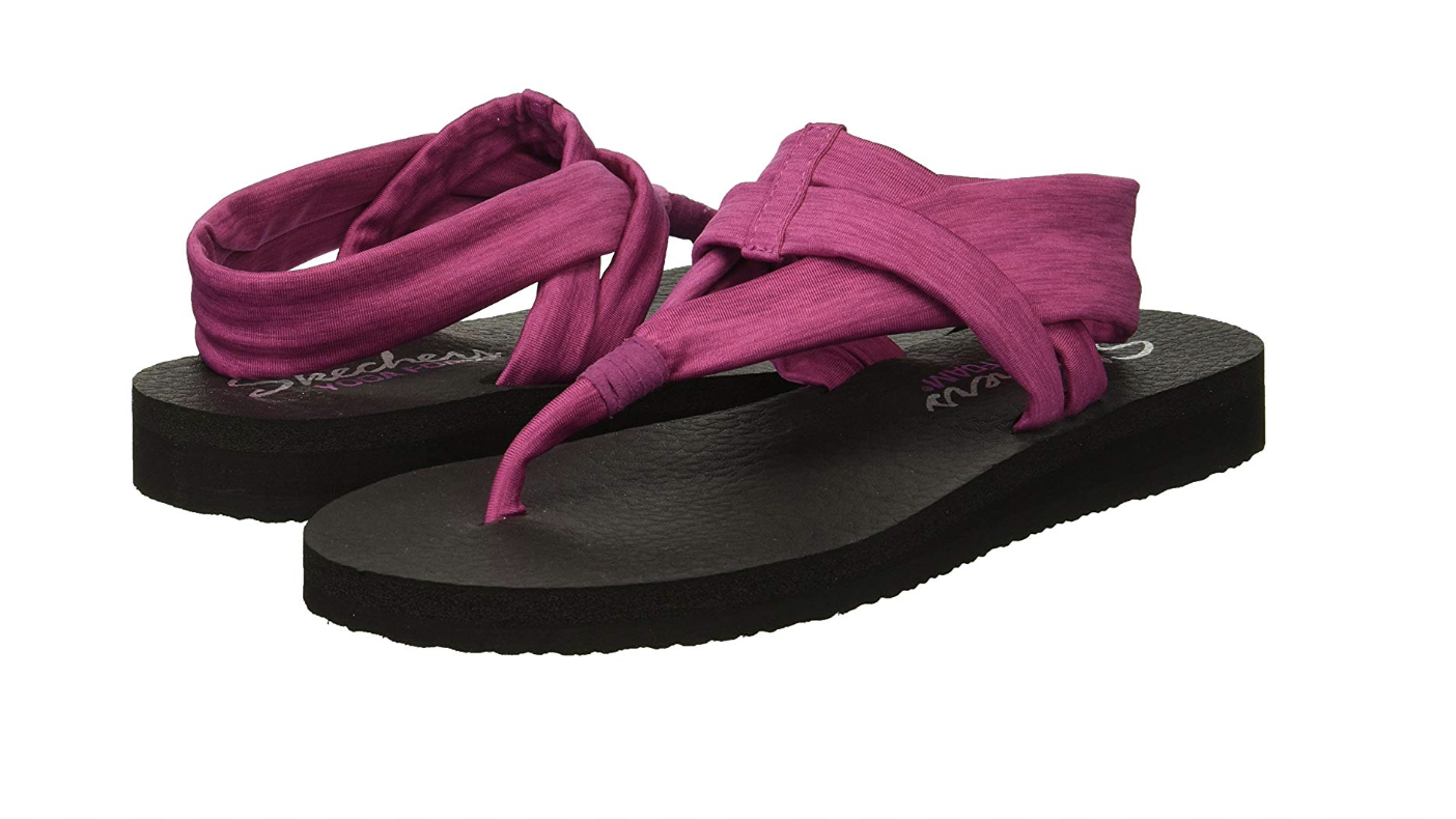 ccfb252858c54 17 Stylish & Comfy Pairs Of Sandals Our Readers Actually Swear By